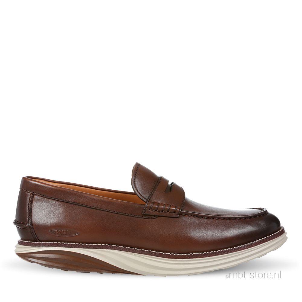 Boston loafer M burnish camel